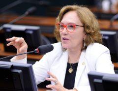 Por unanimidade, TRE nega ação do PSDB e mantém Zenaide como senadora
