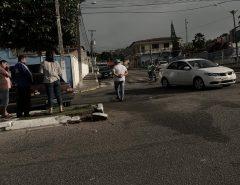 [FOTO] carros colidem na avenida Mônica Dantas, em Macaíba