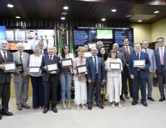 Assembleia celebra 61 anos de fundação da UFRN em sessão solene