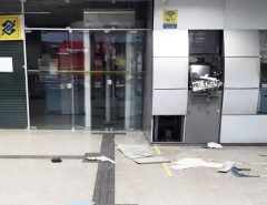 Bandidos explodem caixa de banco na Zona Leste de Natal