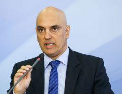 Alexandre Moraes suspende ações sobre demissão imotivada em estatais