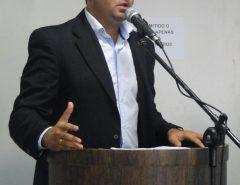 Emídio Jr. cobra melhorias para a Educação Pública de Macaíba