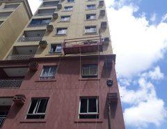 Bombeiros salvam trabalhadores presos em andaime em bairro de Natal
