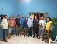 Emídio Jr. e Maj. Yvson se reúnem com moradores de As Marias