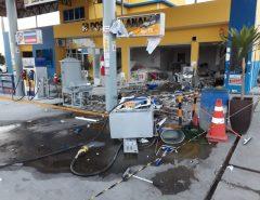 Criminosos explodem cofre e posto de combustíveis fica destruído no interior do RN