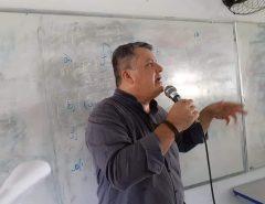 EX-ALUNO DO ALFREDO MESQUITA MINISTRA PALESTRA SOBRE SUICÍDIO PARA ESTUDANTES DA 3a SÉRIE