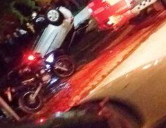 Perseguição policial em Natal termina com troca de tiros, capotamento, PM ferido, pai e filho atropelados e bandido morto