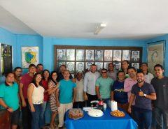 Emídio Jr. recebe festa surpresa na Câmara