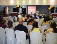 Prefeitura e UFRN promovem capacitação sobre a EJA