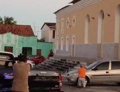 Homem armado mantém criança refém em Macaíba