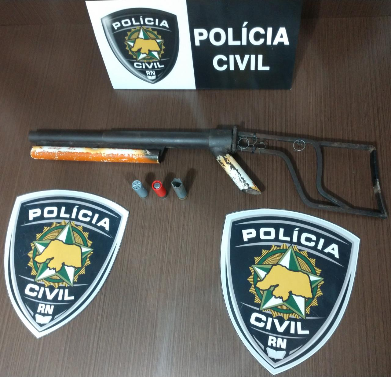 Polícia Civil prende homem com arma de fogo e munições em Macaíba