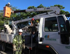 Cosern abre seleção para curso gratuito de eletricista de rede de distribuição em Natal, Mossoró e Caicó