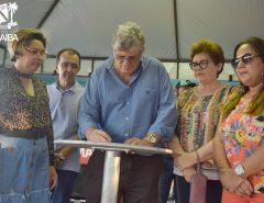 Informe Publicitário: Prefeito assina ordem e acesso à ZPE de Macaíba começa a ganhar pavimentação