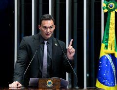 Senador Styvenson apresenta projeto que pode barrar possível candidatura de Lula