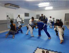 Projeto de Extensão utiliza prática do Jiu Jitsu para melhoria da qualidade de vida no ambiente de trabalho e escolar na EAJ-UFRN