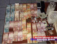 Polícia Militar apreende drogas e prende família por tráfico de drogas