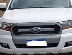 PRF recupera caminhonete roubada após sequestro relâmpago