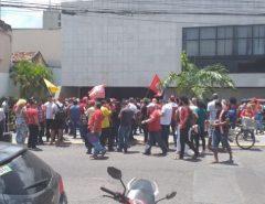 Protesto contra homenagem a Rogério Marinho bloqueia acessos à Assembleia
