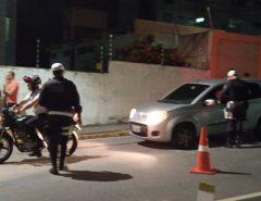 Motorista bêbado atropela PM ao tentar fugir de blitz da Lei Seca na zona Sul de Natal e é preso