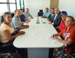 Emídio Jr. e moradores se reúnem com secretário de Segurança do Estado