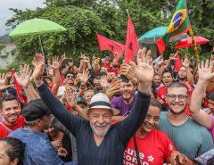 """Lula: """"Não é possível que no país com o maior rebanho do mundo, o povo pobre não possa comprar carne"""""""