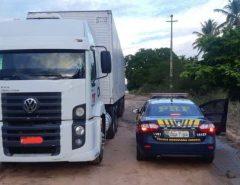 Veículo furtado no Piauí é recuperado pela PRF em Macaíba