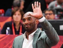Kobe Bryant, ex-astro da NBA, morre em queda de helicóptero nos EUA