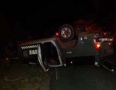 Viatura da PM capota e outra é atingida por motorista bêbado na Grande Natal