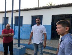 Styvenson visita escola em Macaíba que será reformada através de emenda destinada por seu mandato