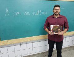 Professor concorre a prêmio nacional com projeto de combate ao racismo em escola de Natal