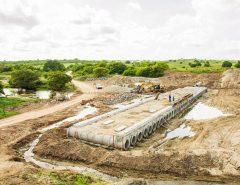 A pedido de Ezequiel, Governo garante recursos para concluir passagem molhada em Goianinha