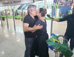 Repatriado de Wuhan desembarca em Natal e reencontra família após quarentena por coronavírus: 'Sensação de alívio'