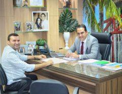 Emídio Jr. visita dep. Kléber Rodrigues para tratar sobre geração de empregos e emendas para Macaíba