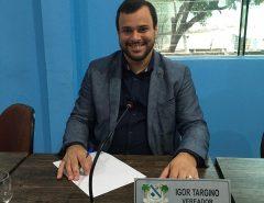 Ver. Igor Targino apresenta requerimento para a entrega de cestas básicas a todos os alunos da rede municipal