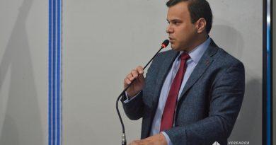 Vereador Igor Targino sugere que a prefeitura de Macaíba antecipe o salário dos servidores para sexta-feira (27)