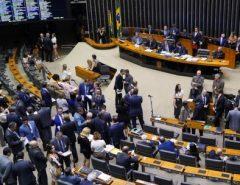 Gastos da Câmara em missões oficiais aumentam e ultrapassam R$ 11 milhões
