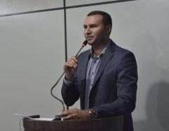 Na primeira sessão de 2020, Emídio Jr. faz pronunciamento em defesa do povo macaibanse