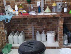 Polícia Civil fecha fábrica clandestina de álcool em gel em Currais Novos