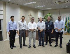 Presidente do Sindcomércio Macaíba media reunião do Instituto Santos Dumont com Fiern