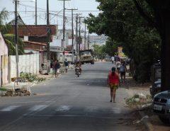 Central Única das Favelas dá auxílio de R$ 120 e cestas básicas para mães no RN