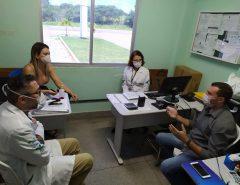 Emídio Jr. se reúne com equipe diretora da UPA de Macaíba
