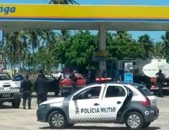 Dois bandidos morrem e dois PMs ficam feridos em troca de tiros durante assalto em Natal