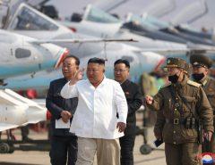 Kim Jong-un está 'vivo e bem', diz Coreia do Sul