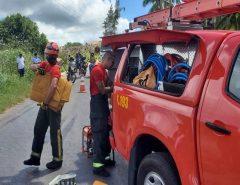 Bombeiros resgatam mulher presa em ferragens após acidente em Nísia Floresta