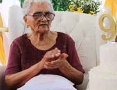 Ao vencer Covid-19, potiguar de 91 anos deixa hospital depois de 13 dias internada