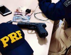 PRF prende assaltantes e liberta motorista de aplicativo feito refém em Parnamirim/RN