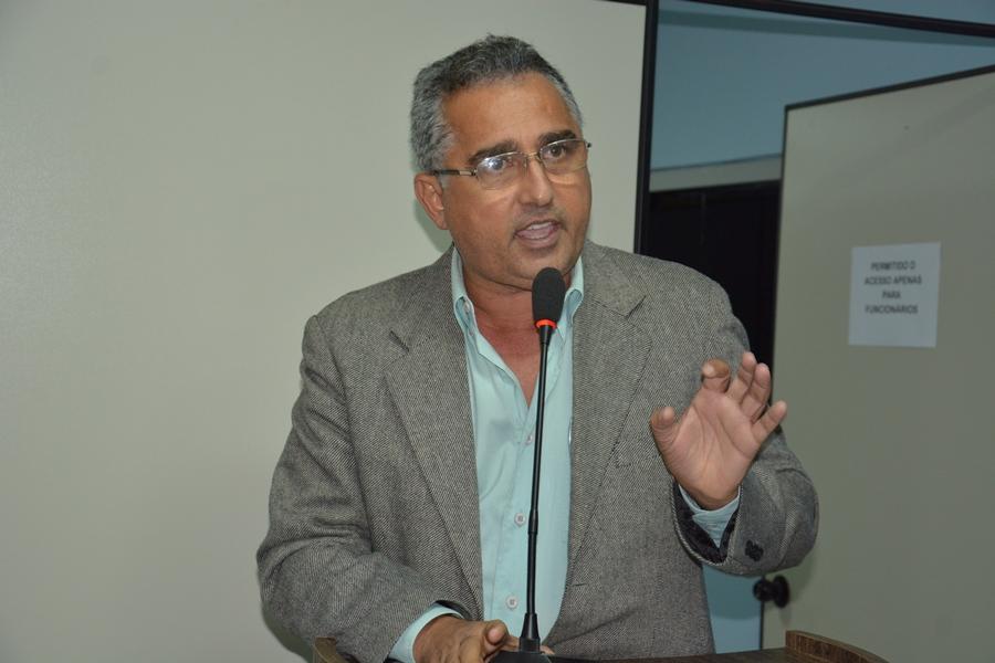 Presidente em Exercício da Câmara, vereador Dr. Antônio convoca sessão solene | Senadinho Macaiba