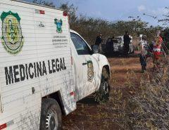 Dois corpos são encontrados carbonizados dentro de carro em Tangará
