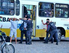 Assalto a ônibus tem maior queda de 2020
