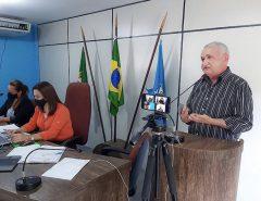 Presidente do Sindcomércio Macaíba participa de entrega da Lei Geral da Micro e Pequena Empresa da cidade a vereadores